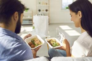 オフィスプチ社食サービス導入で社員の健康と満足度アップ!?