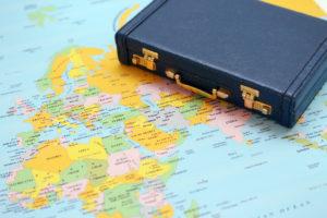海外赴任こそ食事補助が必要?